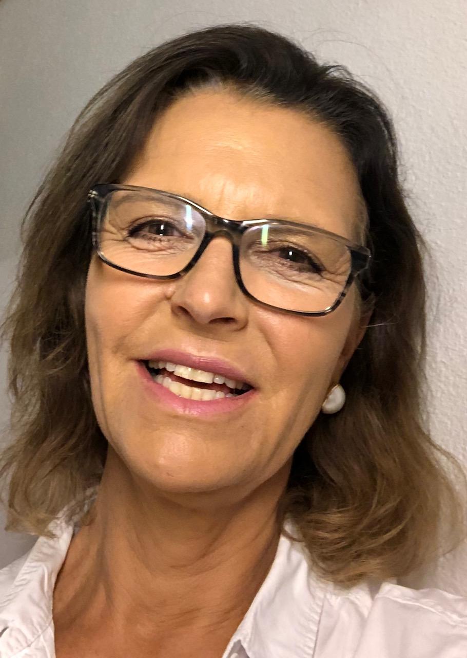 Dr. med. Diana Abraham Schmitz